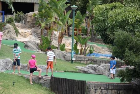 Putt Putt, Mini Golf, Cape Town Kids, Cape Town