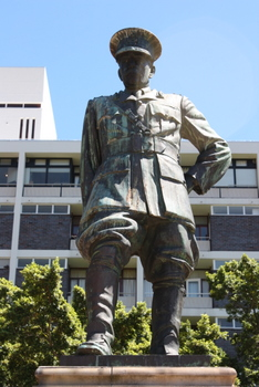 Henry Timson Lukin, Cape Town Statues