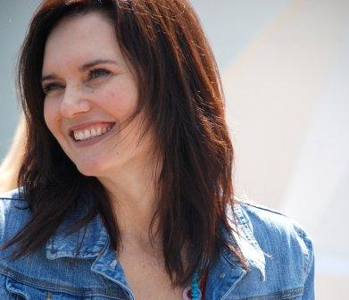 Hesta du Plessis - Organising committee member of Kamersvol Geskenke