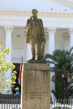 Sir George Grey, Cape Town Statues